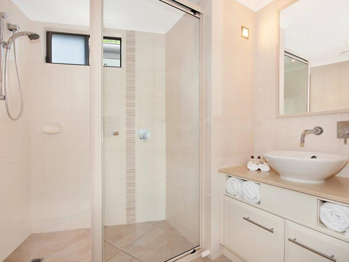 Hotel Room Bathroom - Adult only Accommodation Port Douglas