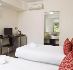 Hotel Room with Ensuite Facilities - great for short stays at Mango Lagoon Resort Palm Cove
