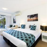 Superior Hotel Room (King Bed) - Peppers Blue on Blue Resort - Magnetic Island