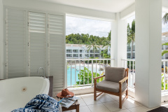 Hotel Spa Room with Spa Bath on the Balcony | Palm Cove Beach Club Apartments