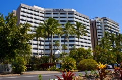 Hotel Style Accommodation On Cairns Esplanade | Perfect Couples and Families