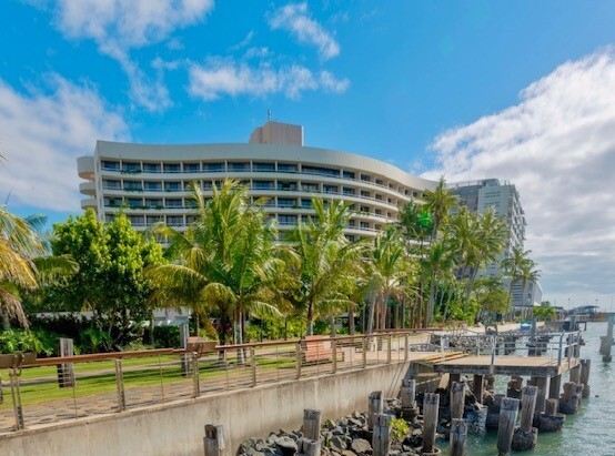 Hotels In Cairns | Hilton Hotel Cairns Luxury Cairns Waterfront Hotel
