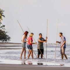 Hunting and fishing learning the Aborignal way in Cape Tribulation