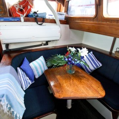 Inside Vessel | Greaqt Barrier Reef Private Charter