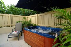 Private Jacuzzi option in Superior Apartments & Superior Studios - - Meridian Apartments Port Douglas
