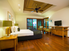 Island (King Bed) Suite - Green Island Resort, Great Barrier Reef