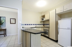 Kitchen facilities in 1 Bedroom Apartment - Bay Villas Port Douglas
