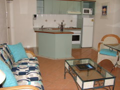 Kitchen to 1 Bedroom Apartment -  Palm Cove Tropic Apartments