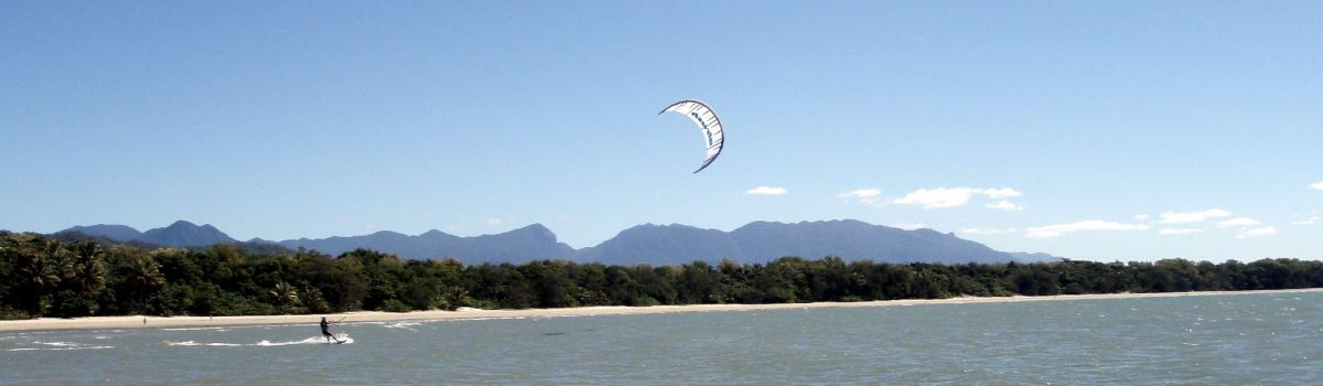 Kite Surfing & Stand Up Paddle Boarding Port Douglas