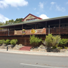 Kuranda Day Tour With Lunch At Kuranda Hotel