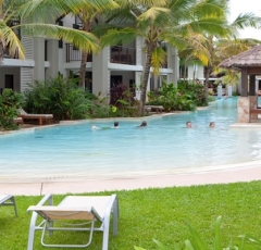Large Freeform Swimming Pool Sea Temple Resort complex Port Douglas