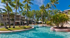 Enjoy your tropical holiday in the large Swimming Pool - Amphora Private Apartments, Palm Cove
