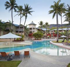 Large Swimming Pool - Mantra Amphora Resort Palm Cove