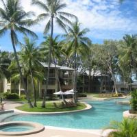 Large Swimming Pool at Amphora Palms Palm Cove Holiday Apartment