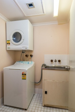 Laundry Facilities - Paringa Holiday Apartment Palm Cove