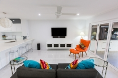 Palm Cove Accommodation - Living - On The Beach Luxury Holiday Apartment Palm Cove