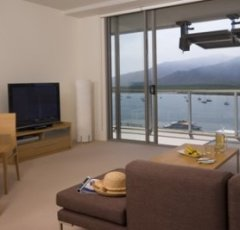 Lounge Area overlooking the waters of the Great Barrier Reef
