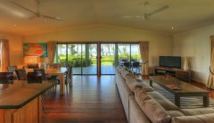 Lounge Dining Outlook - Mission Beach Holiday House