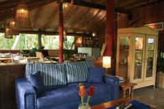 Guest Lounge - Mungumby Lodge Cooktown