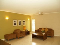 Lounge Room - Private Palm Cove Holiday Apartment