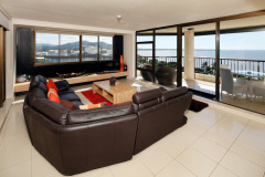 Lounge Room with views over Cairns Esplanade - Aquarius #59