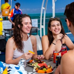 Lunch On The Great Barrier Reef | Arlington Pontoon