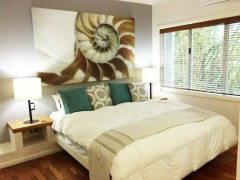 Alamanda Resort Luxurious Bedroom Palm Cove Private Apartment