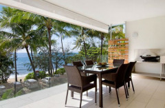 Luxury Accommodation Palm Cove - Beachfront Apartments