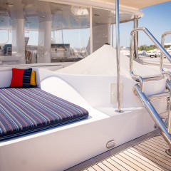Luxury Charter Boat - Flybridge With Heated Spa
