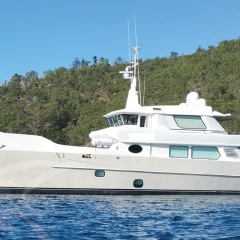 Luxury Charter Yacht Cairns For Hire | MV-SVH