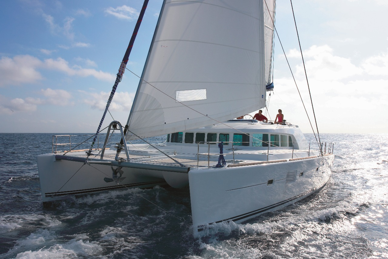 Charter Boat Port Douglas – Outer Reef – 45-60 Guests