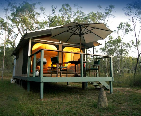 Luxury Glamping Accommodation - Jabiru Safari Lodge Cairns Atherton Tablelands | Cairns Highlands