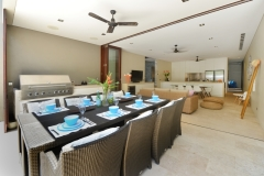 Mirage Beachfront Estate Luxury Port Douglas Holiday Home - Dining Area