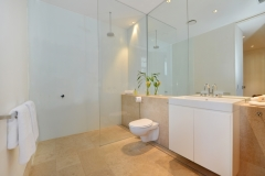 Mirage Beachfront Estate - Luxury Port Douglas Holiday Home - Bathroom