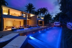 Mirage Estate Luxury Port Douglas Holiday Home Pool