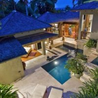 Luxury Port Douglas Villa
