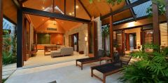 Luxury Private Holiday house Villa Accommodation at Port Douglas