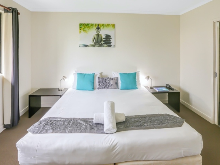 Master Bedroom in Apartments | Mango Lagoon Resort & Spa Palm Cove