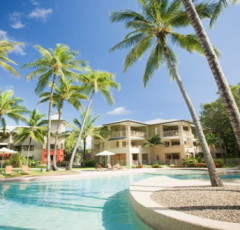 Palm Cove Resort Accommodation - Amphora Swimming Pool