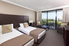 Mantra Esplanade Cairns Twin Room