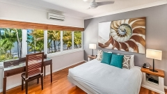 Master Bedroom  - Alamanda Private Apartment Palm Cove