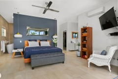 Master Bedroom with luxury private ensuite | Cairns Luxury Holiday Home
