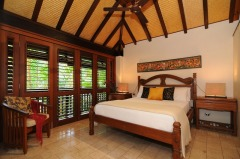 Master King Bedroom - Port Douglas Luxury Holiday Home