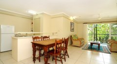 Standard Two Bedroom Apartment (Mimosa) - Great Family Friendly style accommodation in Cairns city