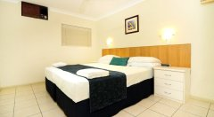 Standard Two Bedroom Apartment (Mimosa) - Cairns Holiday Apartment style accommodation