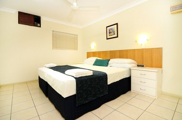 Standard Two Bedroom Apartment  Mimosa    Cairns Holiday Apartment  style accommodation Deluxe 1. Cairns Holiday Apartments  Cairns Hotel Motel Accommodation   Best