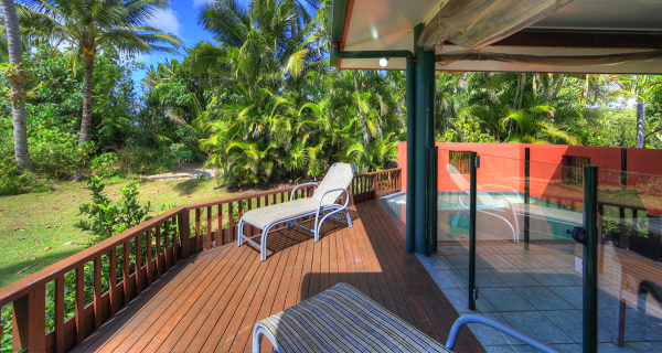 Mission Beach Beachfront Holiday House | Beachfront Holiday Home