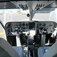 Modern fully equiped aircraft for Cairns scenic flights