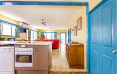 Modern kitchen facilities - Clifton Beach Holiday House