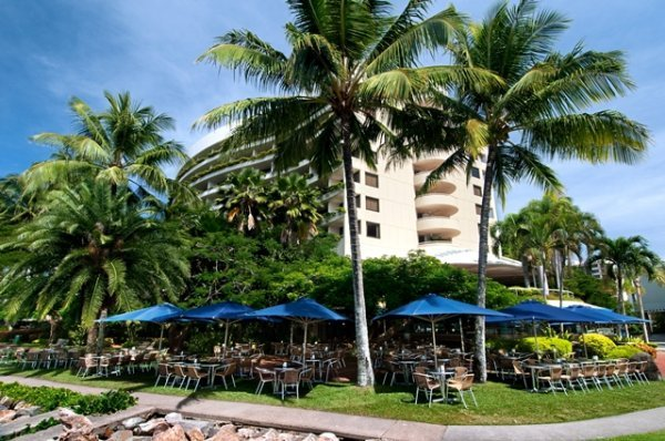 Mondo's Cafe Bar & Grill at Hilton Hotel Cairns - overlooking Cairns Marina